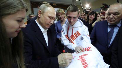 Poetin haalt onderscheiding