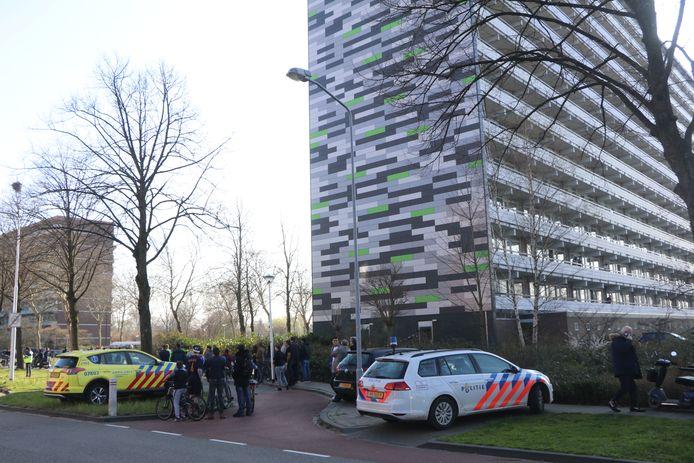 De flat aan de Langenhorst waar de jongen is overleden.