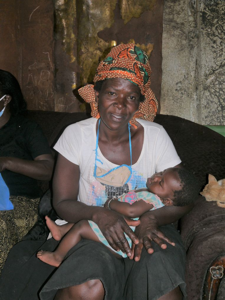 Leah Owuor en Joy-Blessing Beeld Ilona Eveleens