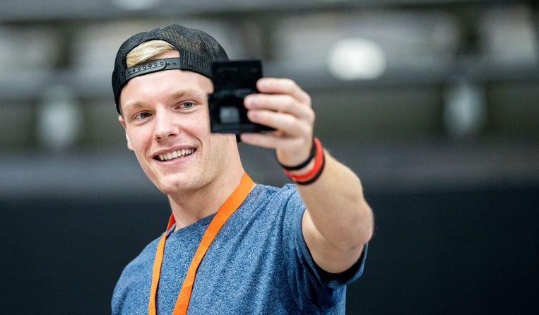 De populaire YouTuber Enzo Knol behaalde een topscore op de Mendelejev-game.
