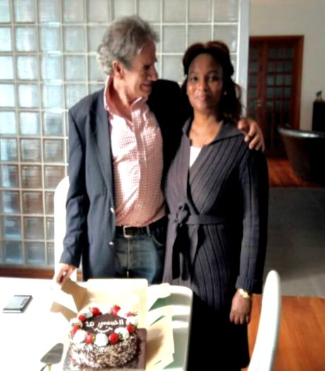 Vrouw vermiste oud-topman Philips spreekt: 'Hij stapte mogelijk in foute taxi'