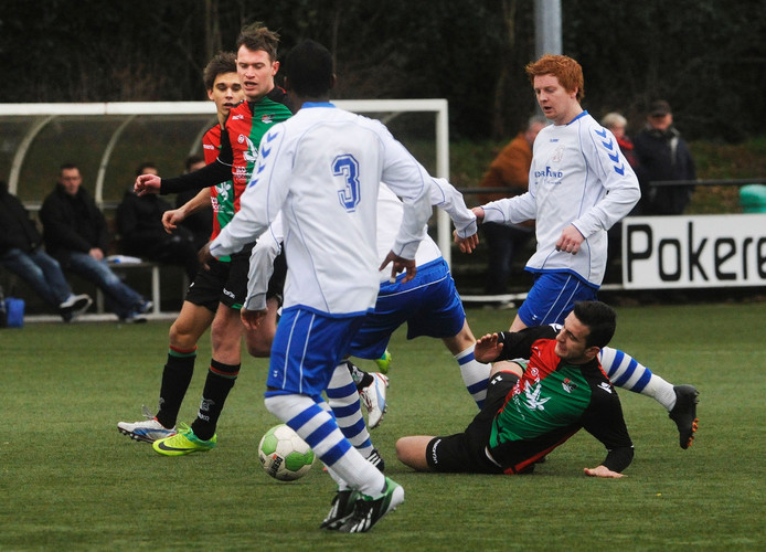 Lennart van de Peppel namens NEC tegen Alverna.