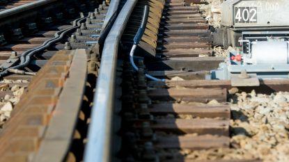 Trein met pesticiden sukkelt van spoor in Eeklo