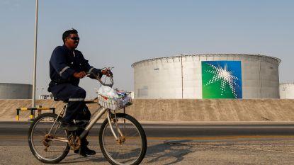 OPEC+ eens over beperking olieproductie met 10 miljoen vaten per dag