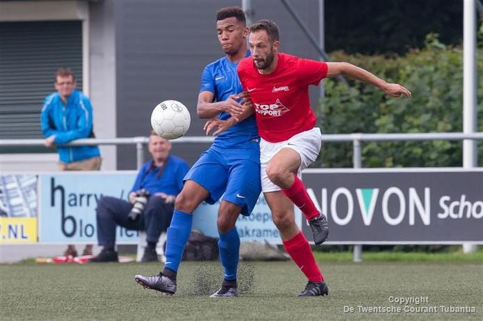 Gradus Hempenius afgelopen weekeinde namens Excelsior'31 in actie tegen FC Twente.