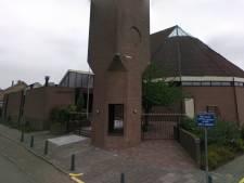 In deze kerk in Barendrecht zitten zondagochtend nog steeds 250 kerkgangers in plaats van 30