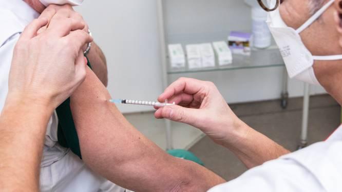 Platform 'Help Limburg vaccineren' is een succes: meer dan 3.500 Limburgers willen handje helpen