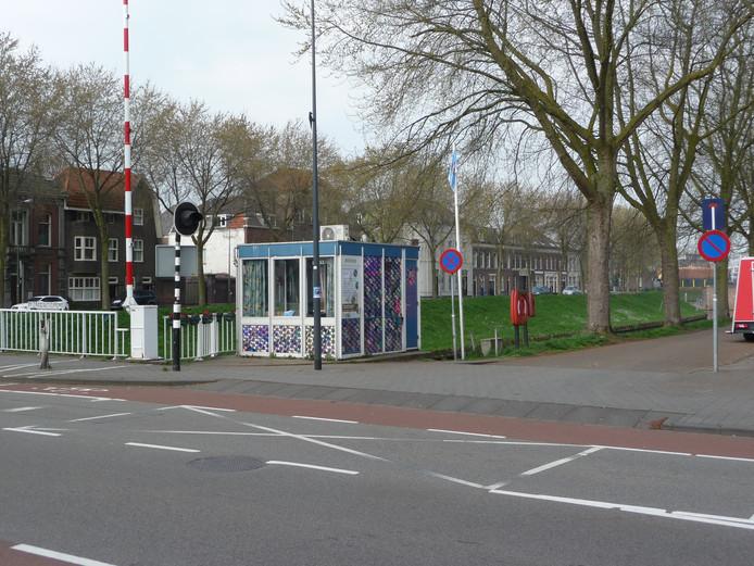 Het brugwachtershuisje bij de Orthenbrug.