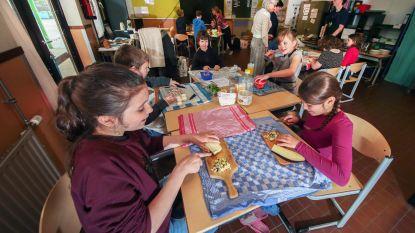 """Leerlingen school Het Open Groene besparen water en koken vegetarisch: """"Kinderen leren wat ze zélf kunnen doen"""""""