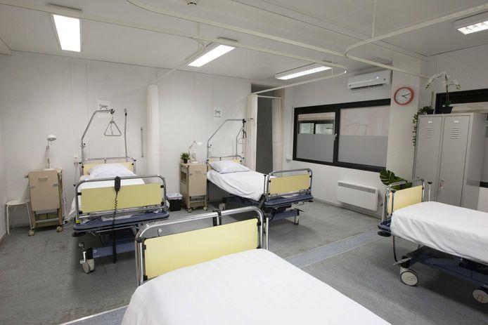De kamers van het tijdelijke zorghotel in Ahoy zijn leeg gebleven
