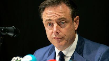 """""""Aan een 'guerre des flics' heeft de Antwerpenaar niets"""", reageert De Wever na kritiek van politie en parket op aanpak drugsoorlog"""