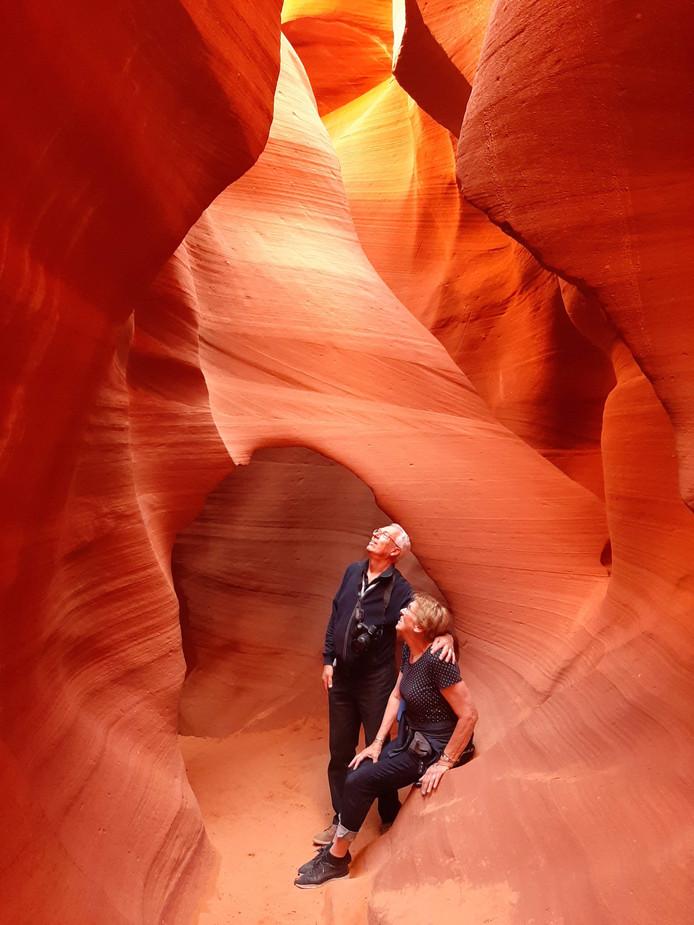 Deze foto werd gemaakt op een diepte van 70 feet, ofwel 21,3 meter, in de beroemde Antelope Canyon. Deze ligt in Arizona in Amerika. Lekker avontuurlijk, hoor.