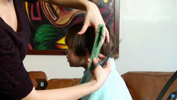 Tips om zelf bij een persoon haar te knippen