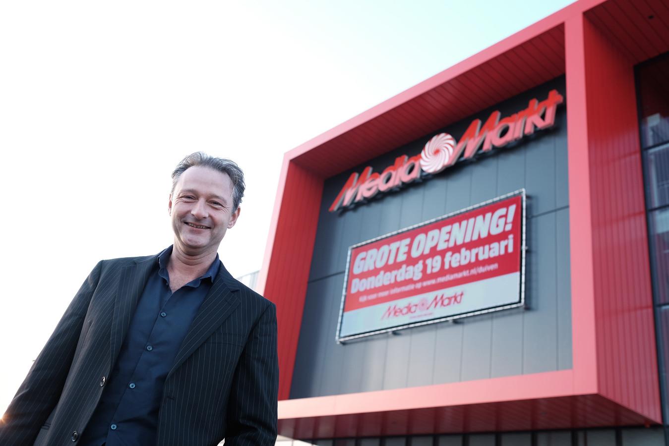 Maarten Leuverink, de directeur vlak voordat zijn MediaMarkt in 2015 opende.