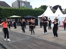 Wijchens Dansfestijn bij het terras