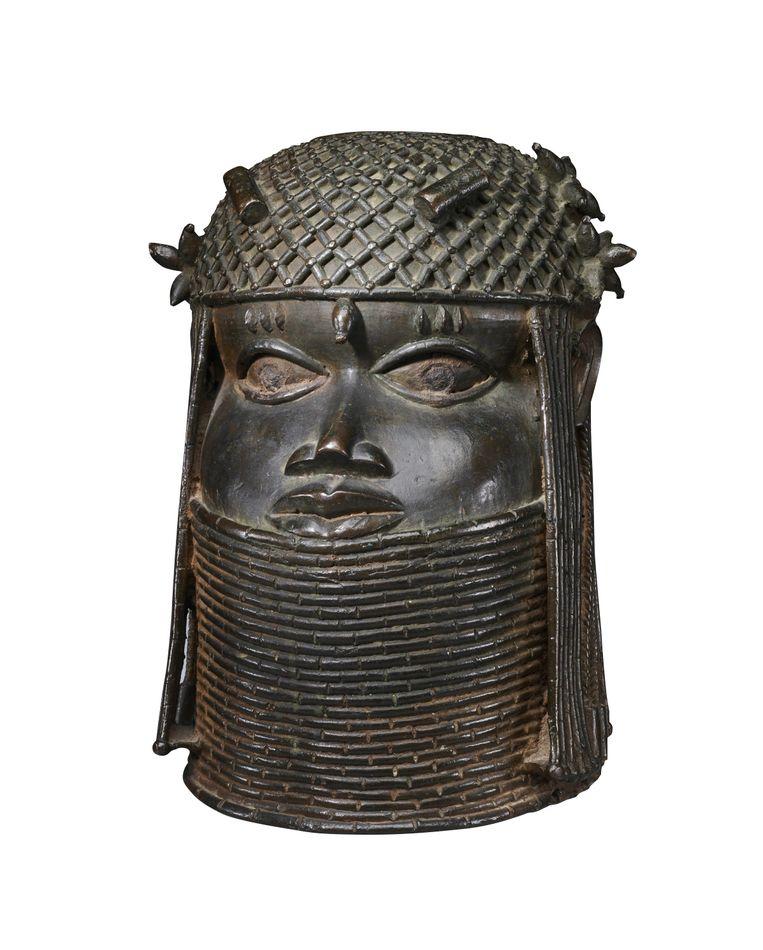 Benin Bronze Beeld RV