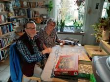 Jan en Tineke hangen hun huis in Harderwijk vol met puzzels: 'Met kerst een ander dan in het voorjaar'