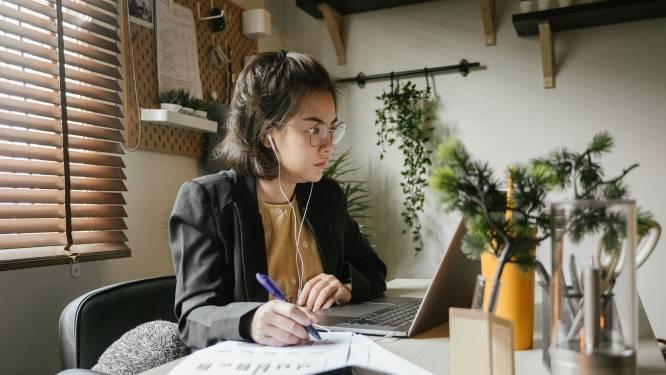 Voor de eenzame thuiswerker: Belgische ingenieur maakt bibliotheek met kantoorgeluiden