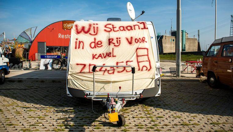 In 2014 stonden liefhebbers weken in de rij voor een zelfbouwkavel op Zeeburgereiland. Beeld anp