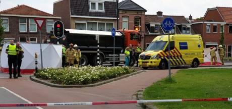 Vrouw overleden bij ongeluk met vrachtwagen in Hengelo