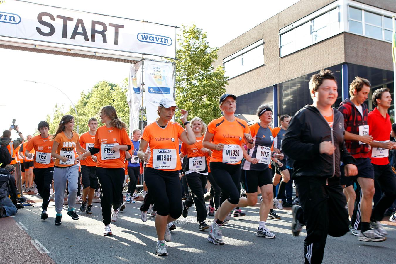 De halve marathon van Zwolle en de 4 Engelse mijlen trekken al jaren zo'n 8.500 lopers naar Zwolle.