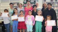 Kinderen ontvangen leesdiploma