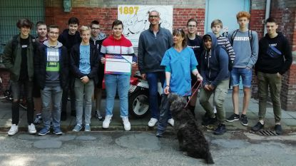 Leerlingen KAZ schenken 740 euro aan dierenasiel in Gent