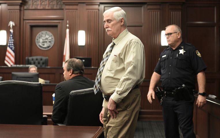 Donald Smith in de rechtszaal.