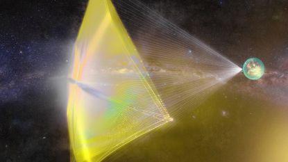 Oud-NASA-topman wil buitenaards leven zoeken met vloot miniruimtescheepjes met laserkanon