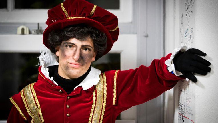Zo ziet de nieuwe Amsterdamse Piet eruit Beeld anp