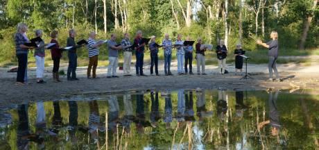 Muziek en beweging komen samen tijdens 'Zomeravondzangloop' in Vught