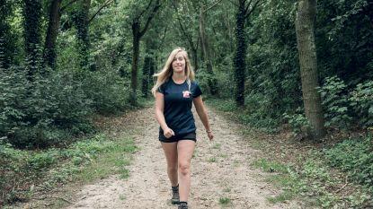 """Lotte Buntinx (16) wandelt ondanks hartafwijking de Dodentocht: """"Nieuwe operatie is motivatie om uit te lopen"""""""