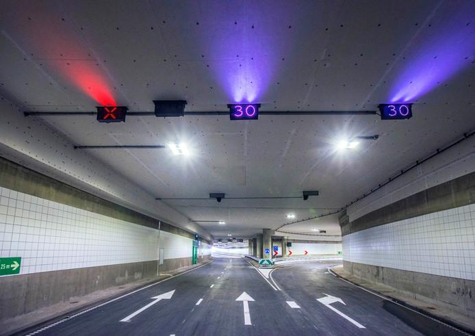 De Koningstunnel is nu voorzien van ledverlichting en vluchtwegen én heeft een betere waterafvoer.