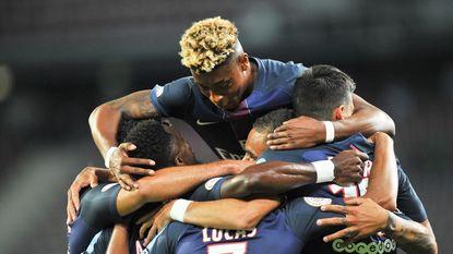 Paris Saint-Germain wint Franse Supercup, Thomas Meunier valt in