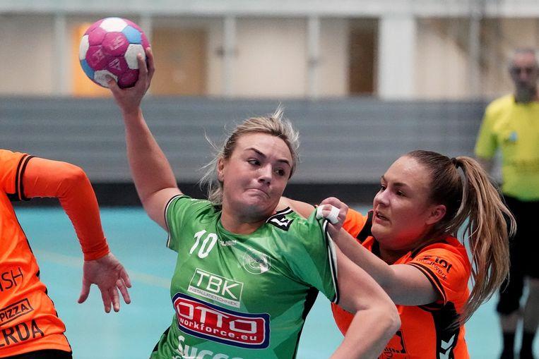 Rachel de Haze, handbalster uit Amsterdam, 29 jaar. Ze werd zes keer landskampioen en won drie keer de beker met VOC.  Beeld Henk Seppen/BSR
