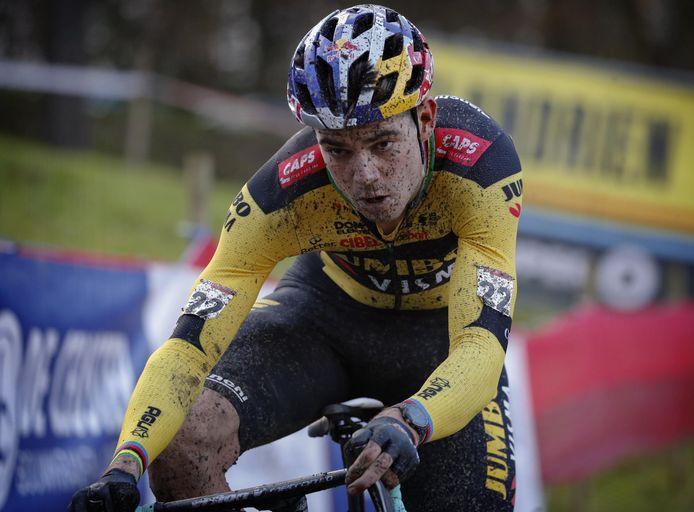 Wout van Aert gaat in Meulebeke voor een vierde Belgische tricolore.