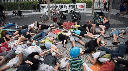 Duitse 'dieseltop' moet verhuizen door protesten