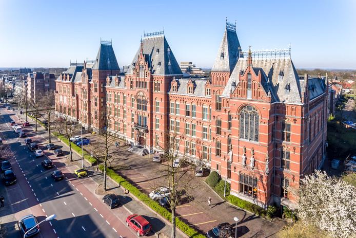 Het oude Canisius College aan de Berg en Dalseweg in Nijmegen, een van de markantste gebouwen van de stad.