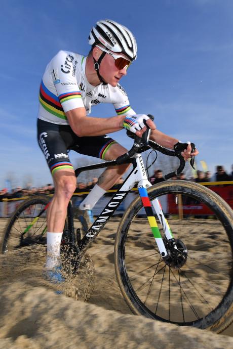 Mathieu van der Poel schrapt Nacht van Woerden en Koppenbergcross