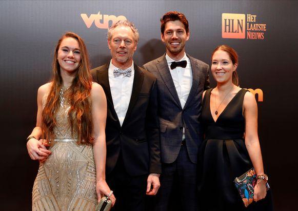 Mooi gezinsportret: Michel Preud'homme met dochter Megan en zoon Guillian en zijn partner.