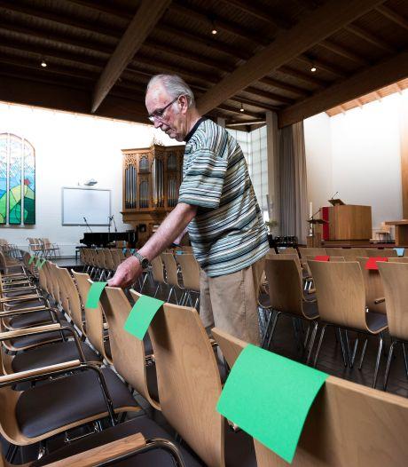 Kerken gaan weer open voor dertig man: 'Zingen uit volle borst mag niet, neuriën wel'