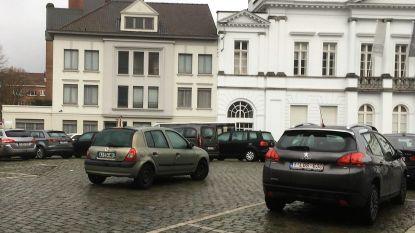 Buitenlanders kunnen ongestraft foutparkeren in Kortrijk