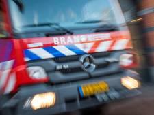 Drukke nacht voor brandweer Flevoland: auto in de fik en vlam in de pan