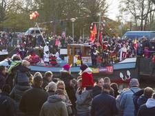 Geliefde intocht in Vriezenveen trekt 3.000 mensen