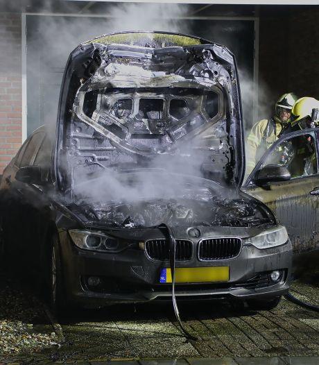 Weer auto uitgebrand in Oss