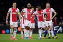 Teleurstelling bij de spelers van Ajax na de uitschakeling door Getafe.