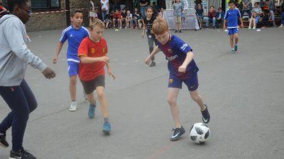 Basisschool 'de Kameleon' houdt eigen WK-voetbal