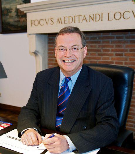 'Burgemeester Baco' betastte borsten en billen