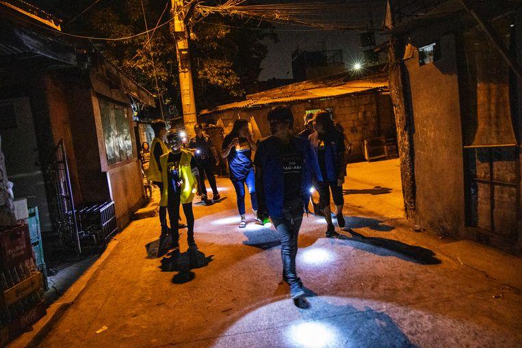 Sinds de buurtwacht er is, zijn er geen doden meer gevallen in Santa Ana in de 'Oorlog tegen drugs'. Beeld Ezra Acayan