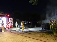 Auto brandt volledig uit in Lelystad